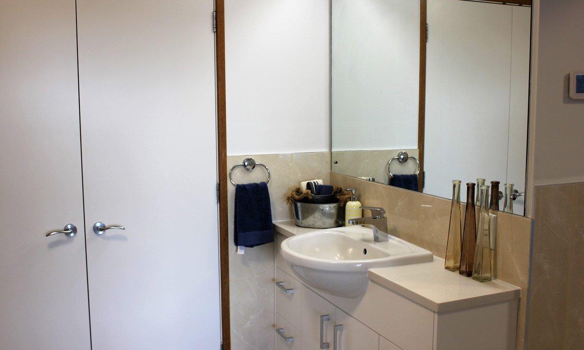 Apartment 405 Bathroom
